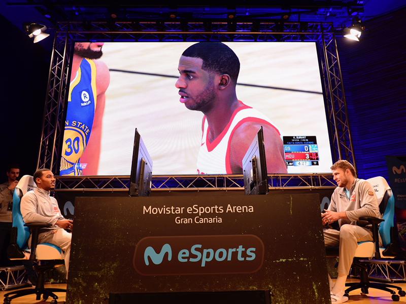Fanzone-de-Movistar-eSport_03